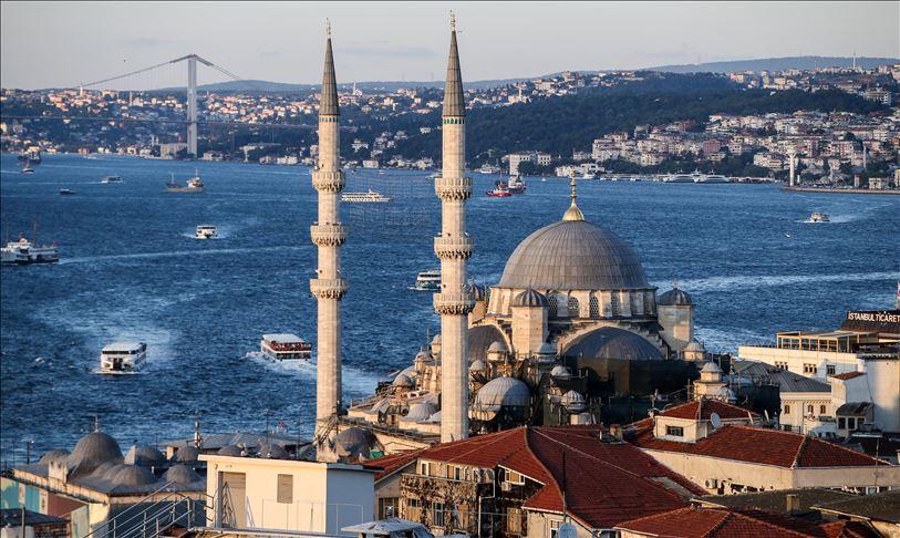 Perusahaan Untuk Penyewaan Mobil di Turki
